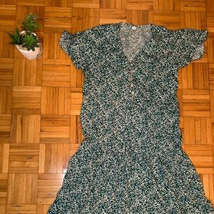 NEVER WORN Green and White Floral Shein Dress